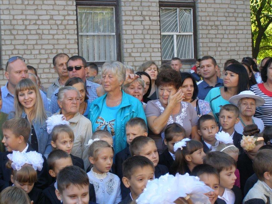 Дети школ Бахмута и района вновь сели за парты, фото-9