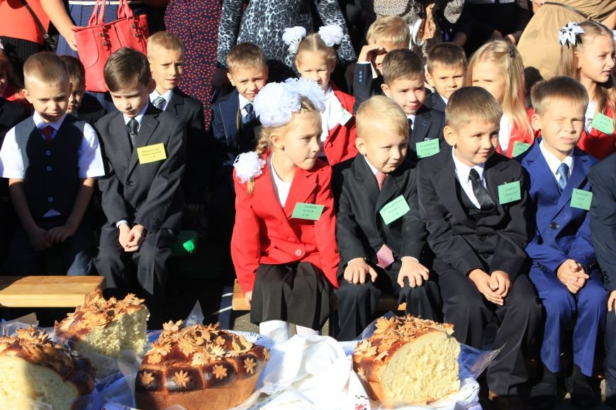 Дети школ Бахмута и района вновь сели за парты, фото-4