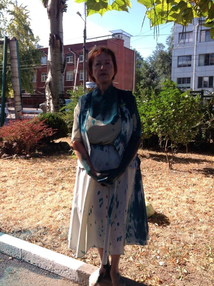 В Запорожье депутата облсовета облили зеленкой - она намерена сложить мандат (ФОТО), фото-1