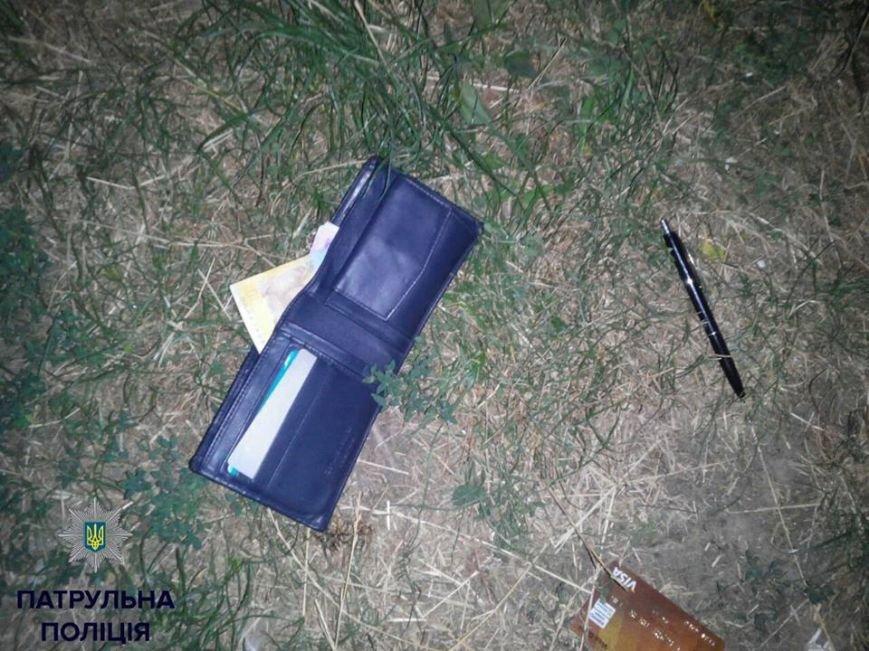 У Івано-Франківську невідомі побили та пограбували чоловіка, фото-1