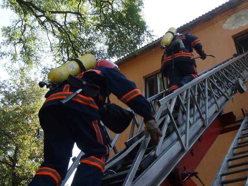 В одній із лікарень міста рятувальники гасили умовну пожежу, фото-5