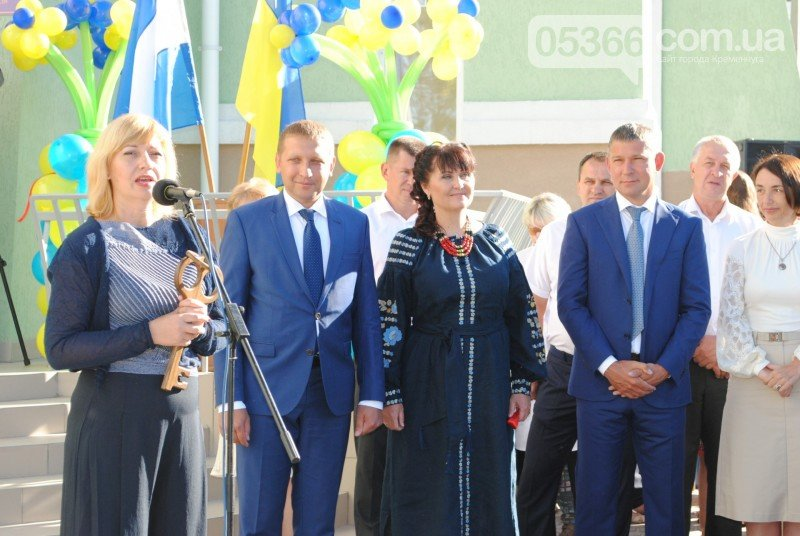 В Кременчуге состоялось долгожданное открытие новой школы-сада (ФОТО), фото-6
