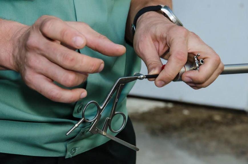 Военный госпиталь в Днепре получил современные хирургические инструменты (ФОТО), фото-1