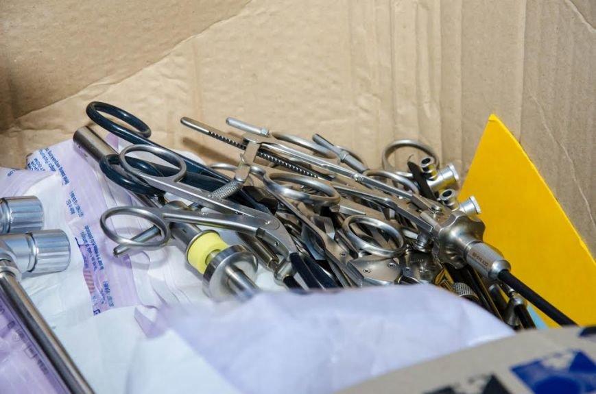 Военный госпиталь в Днепре получил современные хирургические инструменты (ФОТО), фото-7
