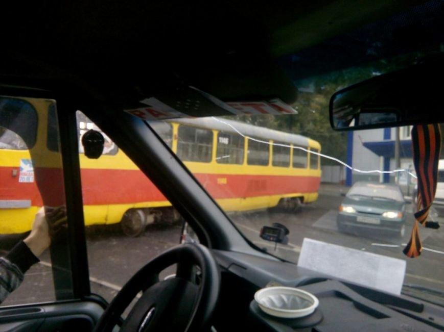 В Ульяновске трамвай сошел с рельсов. ФОТО, фото-1