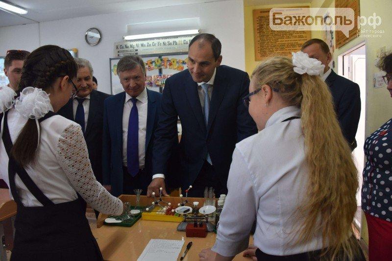 Председатель правительства Свердловской области поздравил полевских школьников с началом нового учебного года, фото-7
