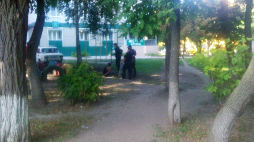 В Кропивницком патрульные задержали мужчину, обвиняемого в серии грабежей. ФОТО, фото-2