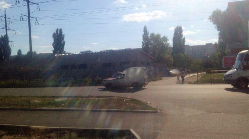 ДТП в Кропивницком: столкнулись автомобили украинского и российского автопрома. ФОТО, фото-1