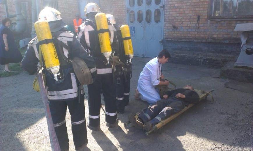 Криворожские пожарные на учениях в трамвайном депо спасли человека  (ФОТО), фото-5