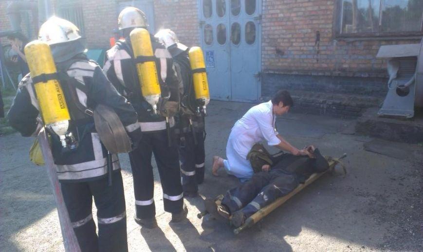 Криворожские пожарные на учениях в трамвайном депо спасли человека  (ФОТО), фото-6