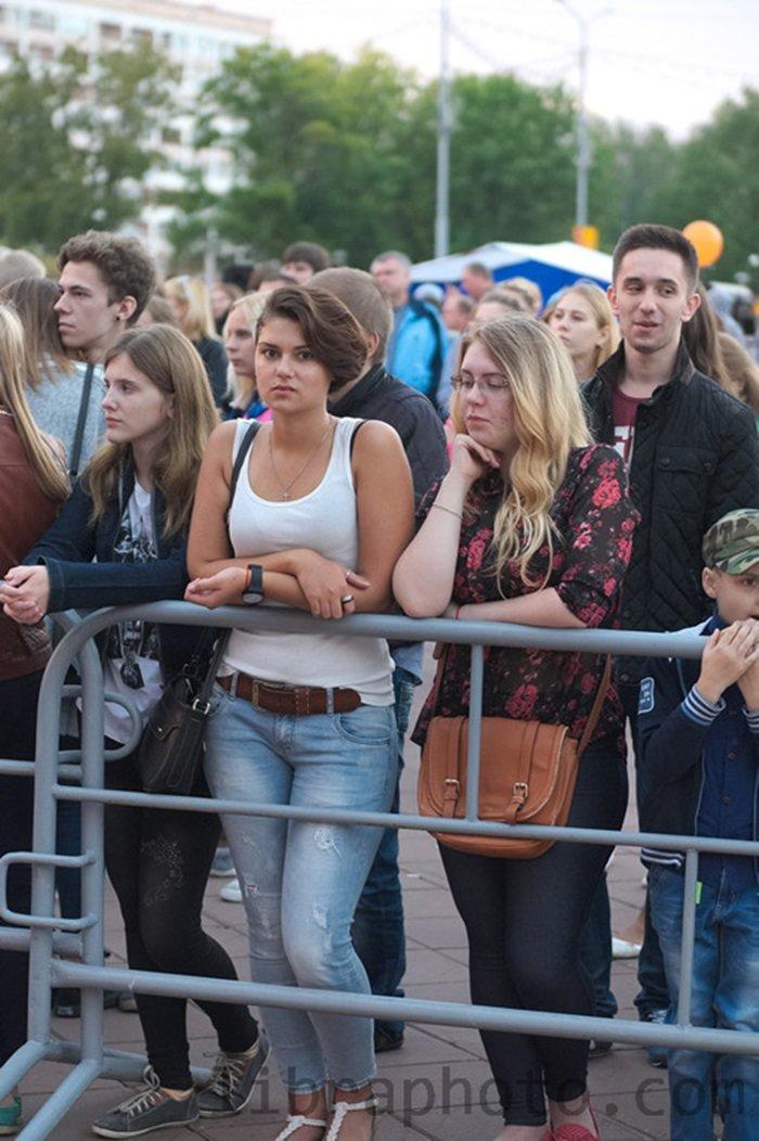 Рок-н-ролл жив! 15 самых ярких фото с рок-концерта в Новополоцке, фото-5