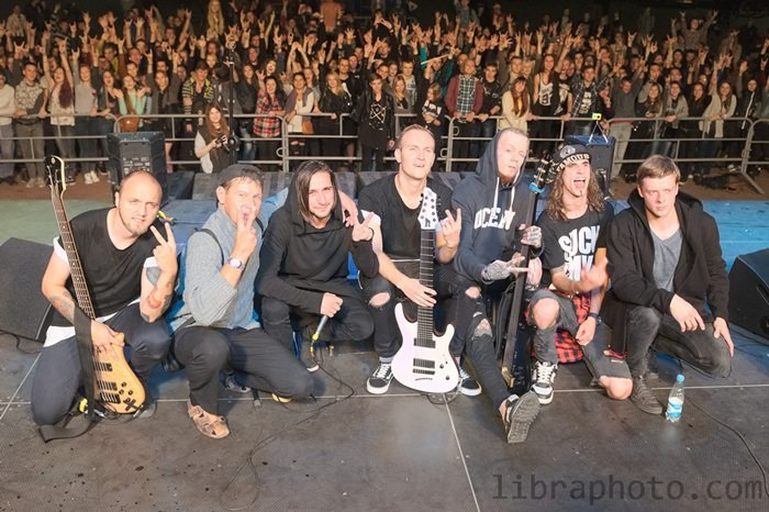 Рок-н-ролл жив! 15 самых ярких фото с рок-концерта в Новополоцке, фото-15