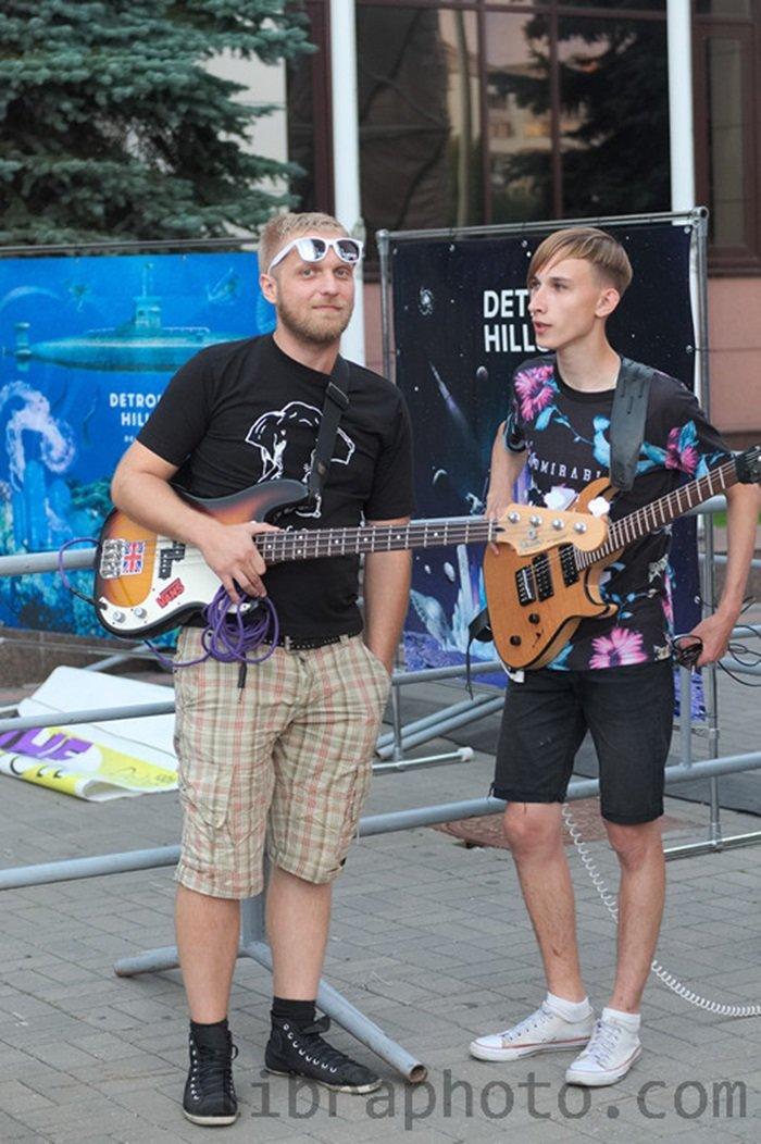 Рок-н-ролл жив! 15 самых ярких фото с рок-концерта в Новополоцке, фото-2