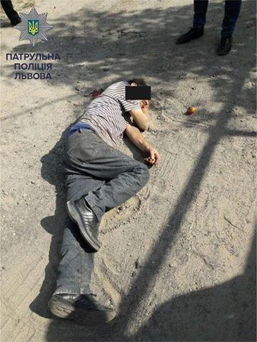 У Львові на вулиці Залізничній побили 66-річного чоловіка, фото-3