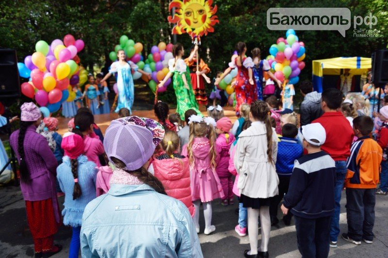 Первоклассники Полевского отметили начало учебного года ярким праздником, фото-1