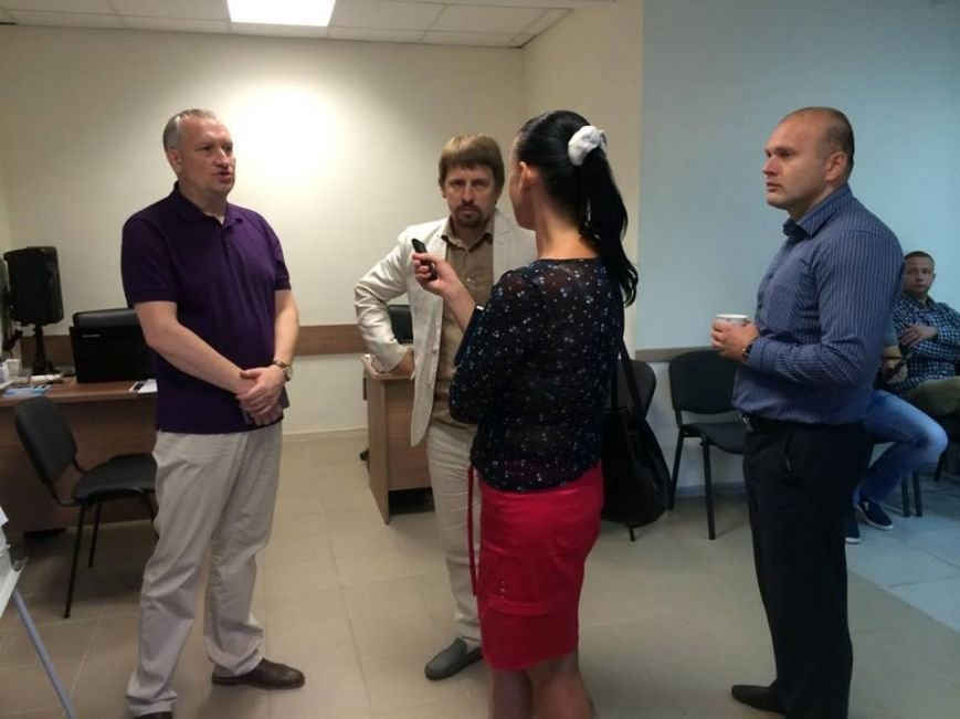 В Мариуполе Бородин и активисты будут контролировать власть в новом помещении (ФОТО,ВИДЕО), фото-2