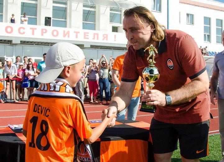 """""""Шахтер"""" провел большой турнир для детей в Краматорске, фото-1"""
