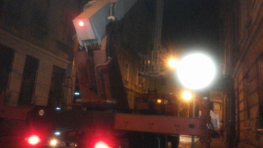 Вночі у центрі Львова горів житловий будинок (ФОТО), фото-3