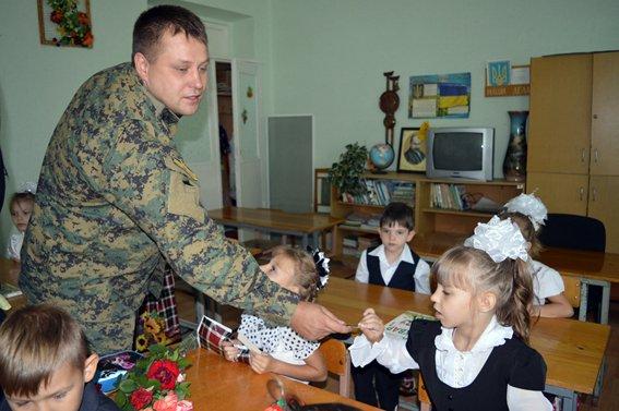Авдеевские полицейские провели превентивную работу среди школьников (ФОТО), фото-1