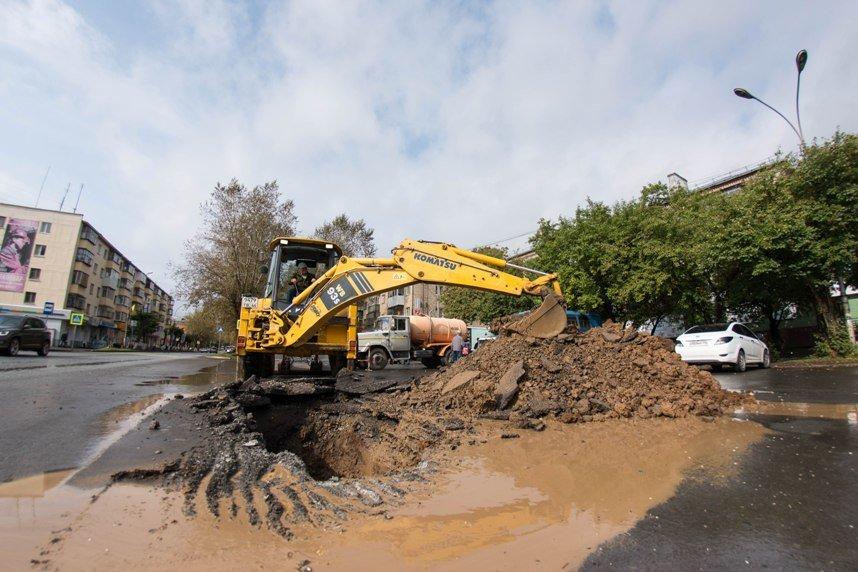 Две школы и пять жилых домов Полевского отключены от холодного водоснабжения, фото-4