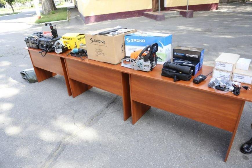 Кременчугским ракетчикам передали радиостанции, приборы ночного видения и стройматериалы, фото-5