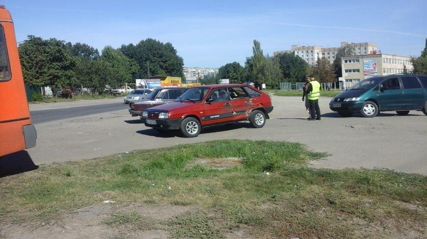 ДТП в Кропивницком: маршрутка врезалась в автомобиль (ФОТО), фото-4