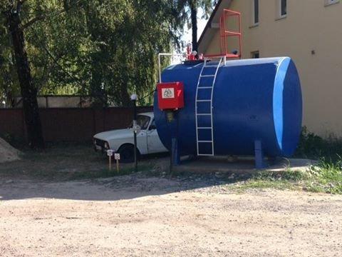Поблизу Львова виявили незаконну автомобільну заправку (ФОТО), фото-3