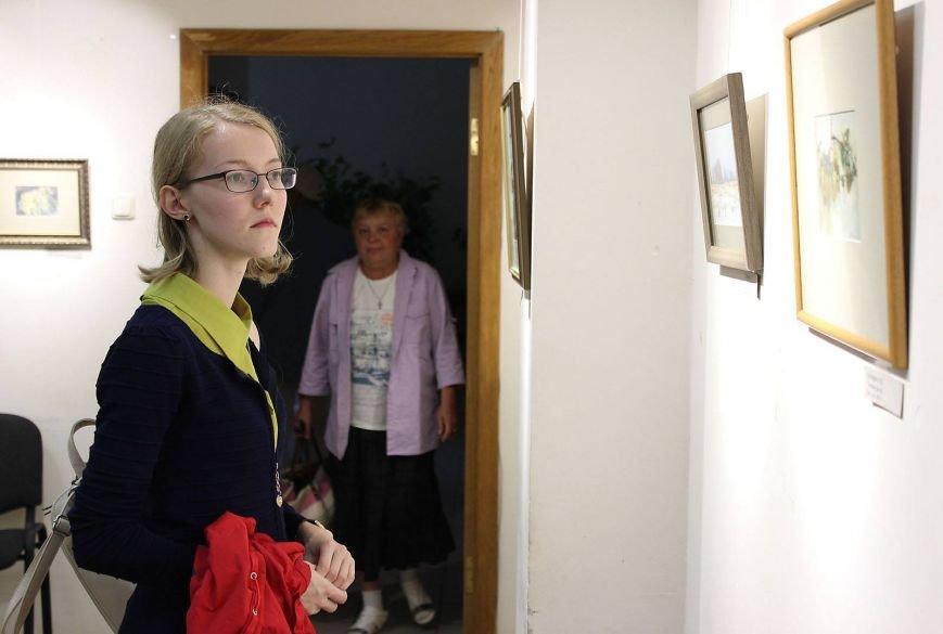 В Доме Учёных открылась выставка миниатюрных картин известных художников Троицка, фото-1