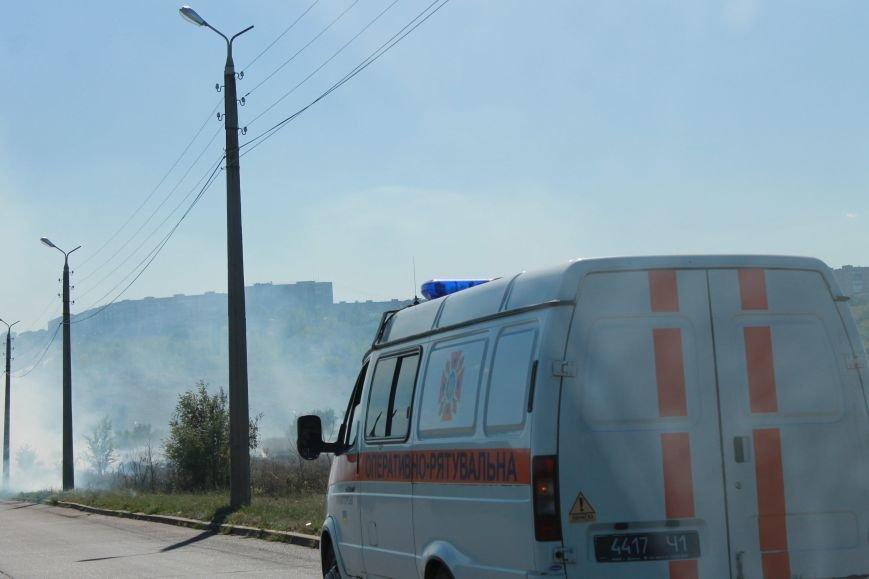 В Краматорске возле балки дым застелил проезжую часть, фото-4