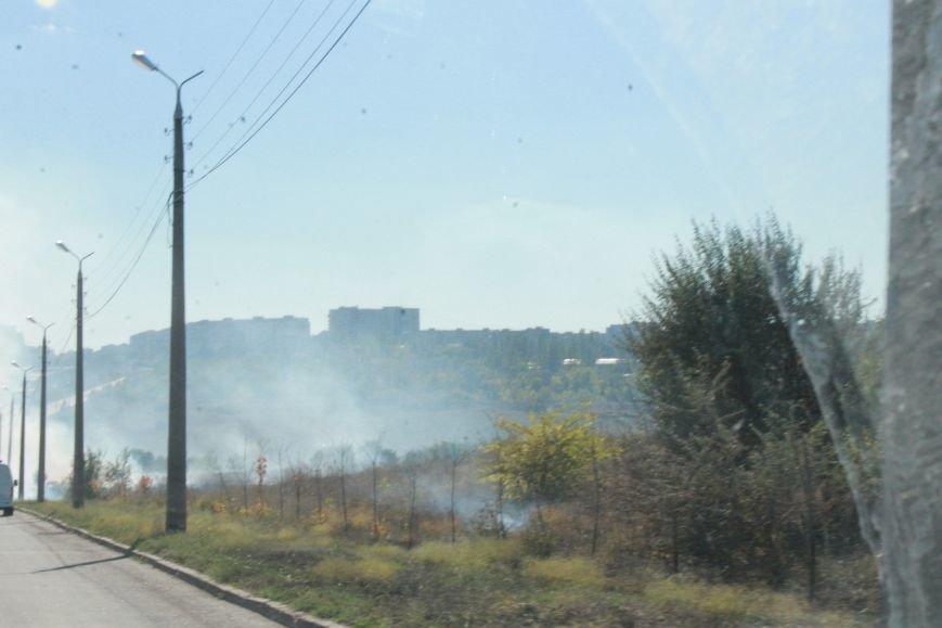 В Краматорске возле балки дым застелил проезжую часть, фото-3
