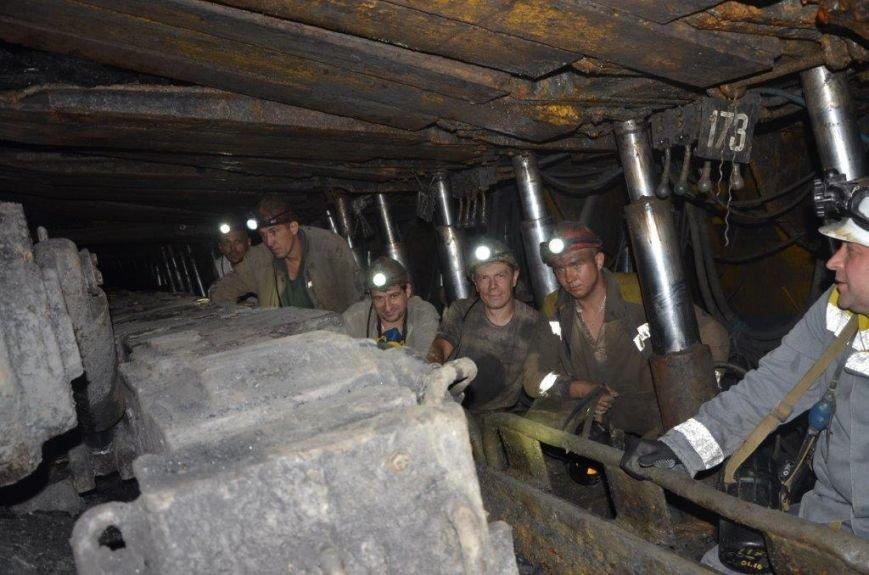 Новая лава и бригада А.Гусева на шахте Белозерская