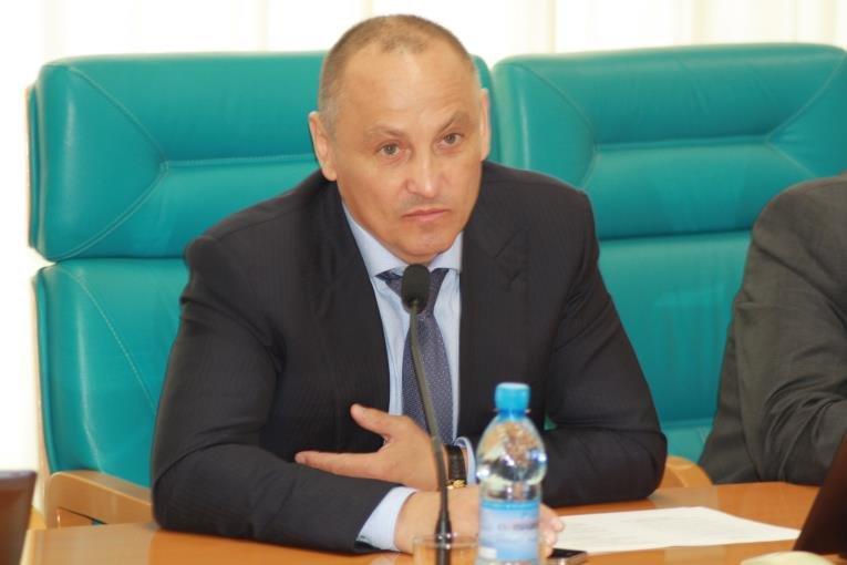 Сессия Сахалинской областной Думы началась с обсуждения новых мониторов, фото-2