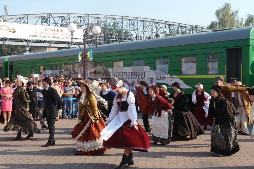 Згадати історію: до Франківська приїхав ретропотяг. (ФОТО), фото-1