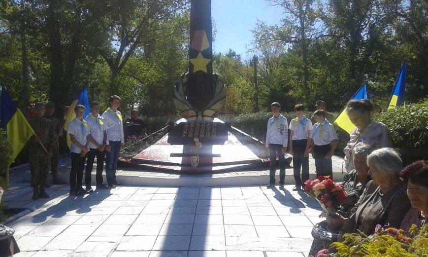 В Авдеевке прошли митинги ко Дню освобождения Донбасса от фашистских захватчиков (ФОТОФАКТ), фото-10