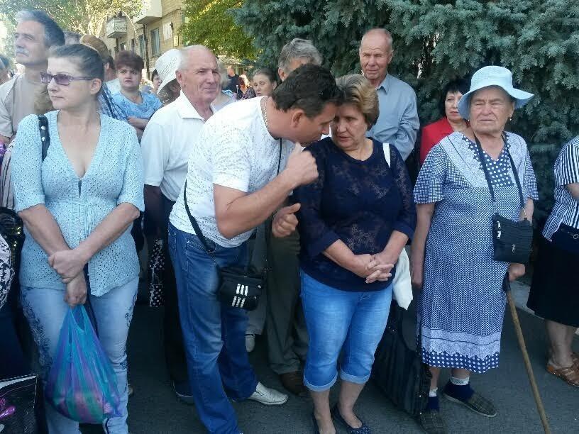 Бывшие ильичевцы в поселке Донское вышли на митинг, чтобы не остаться без тепла (ФОТО. Дополнено), фото-2
