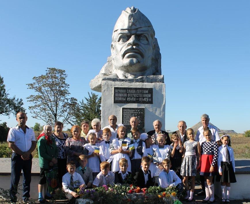 Торжественное празднование Дня освобождения Донбасса, фото-2