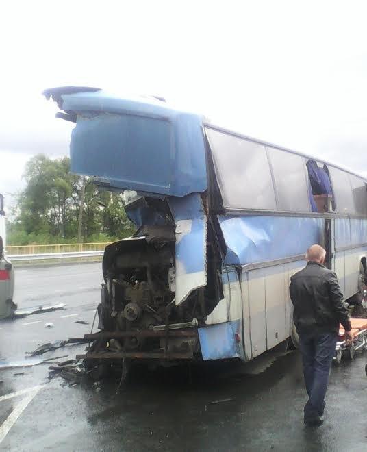 В Новоспасском районе фура буквально разрезала пополам автобус. ФОТО, фото-1
