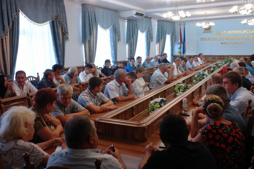 Прикарпатських спортсменів урочисто нагородили грамотами та грошовими преміями (ФОТО+ВІДЕО), фото-2