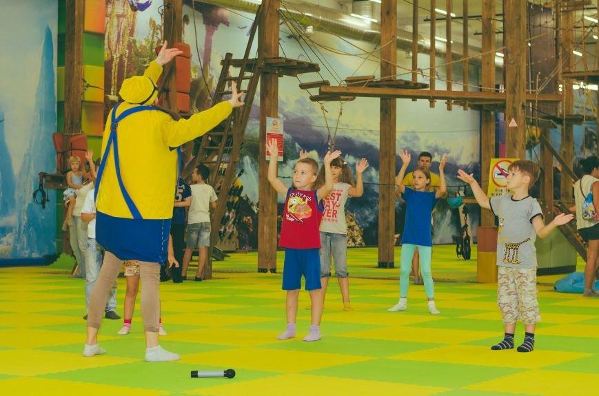 """В Херсоне дети участников АТО провели время на """"Фабрике"""" (фото), фото-1"""