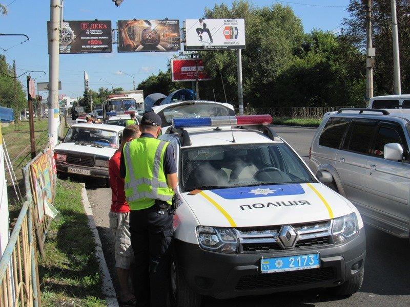 В Краматорске произошло ДТП с участием военной техники (ФОТО), фото-3