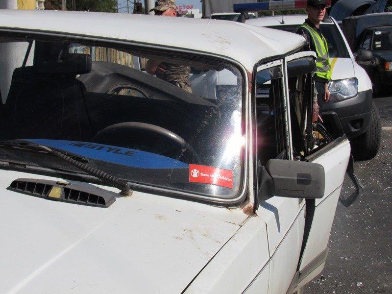 В Краматорске произошло ДТП с участием военной техники (ФОТО), фото-4