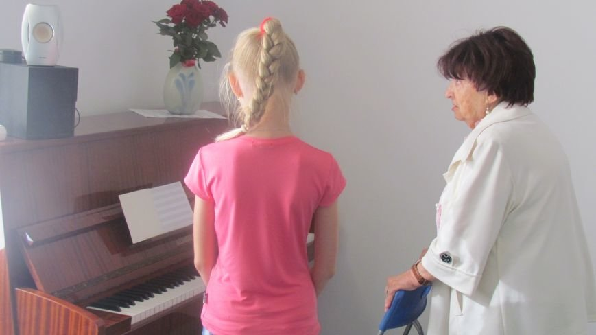 Мариупольские дети смогут бесплатно заниматься на фортепиано (ФОТО+ВИДЕО), фото-4