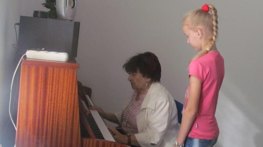 Мариупольские дети смогут бесплатно заниматься на фортепиано (ФОТО+ВИДЕО), фото-2