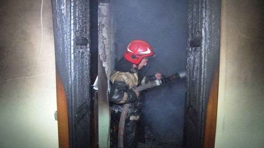 Вночі у Винниках сталася пожежа у житловому будинку: евакуювали 20-ро людей (ФОТО), фото-4