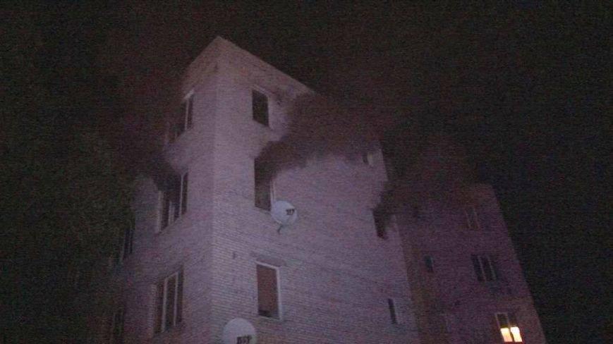 Вночі у Винниках сталася пожежа у житловому будинку: евакуювали 20-ро людей (ФОТО), фото-1