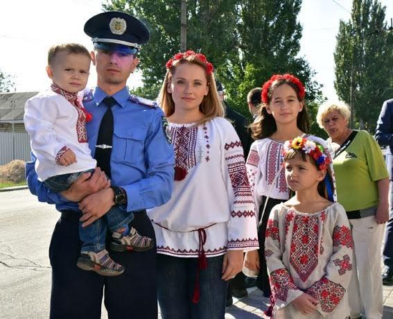 Полицейские семьи получили квартиры в Мариуполе (ФОТО), фото-2