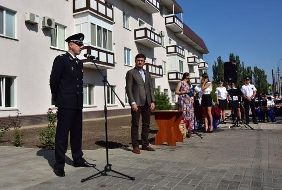 Полицейские семьи получили квартиры в Мариуполе (ФОТО), фото-6