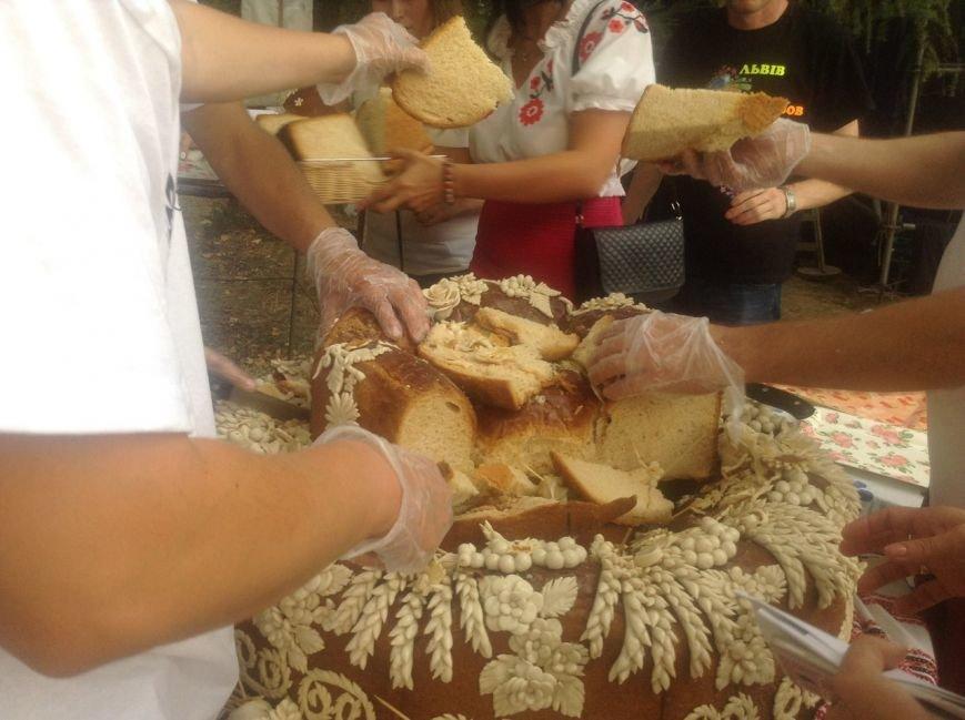 У Шевченківському гаю львів'яни відзначили Свято хліба: що було цікавого (ФОТО+ВІДЕО), фото-2
