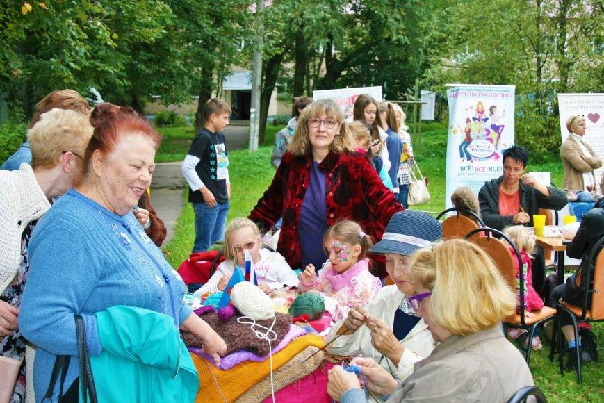 На камвольной фабрике в Троицке прошёл фестиваль пряжи и вязания, фото-6