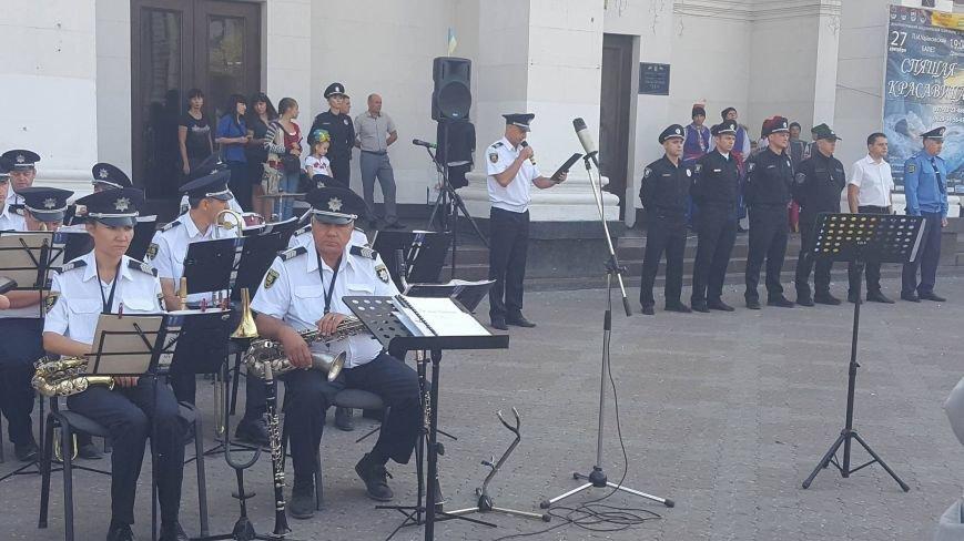 В Мариуполе Новая патрульная полиция работает с 70-процентным дефицитом кадров (ФОТО), фото-1